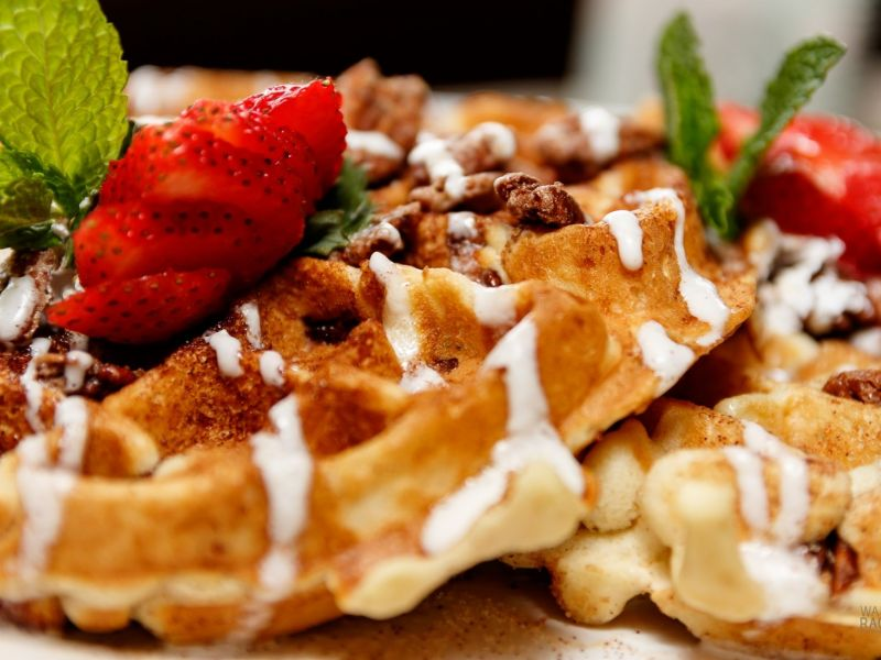 photo-strwaberry-waffles.jpg